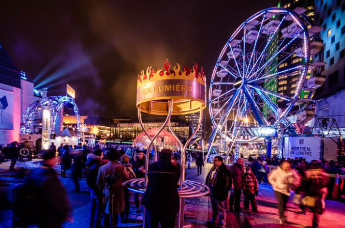 2014-02-21-ferris-wheel-at-the-montreal-en-lumiere-3